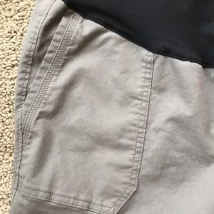 Old Navy Pants - Old Navy Maternity pixie pants
